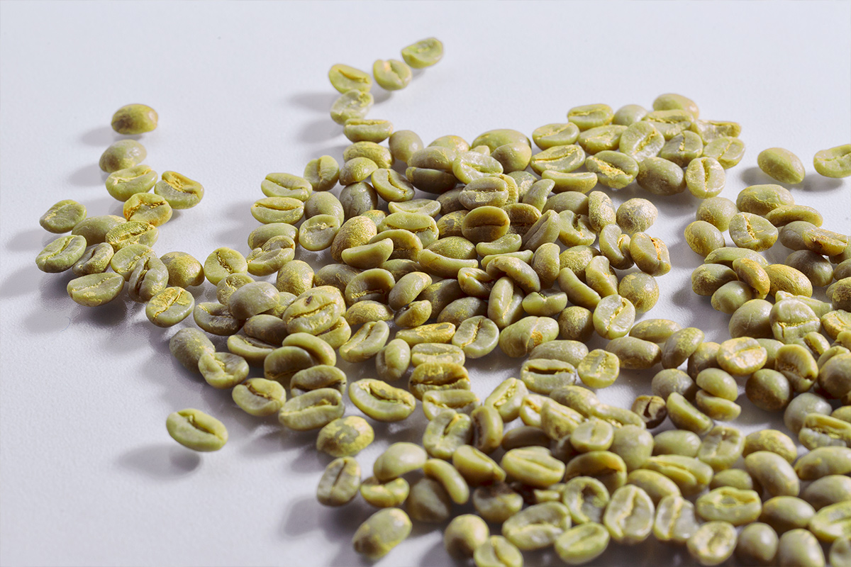 Mare Terra beans on a glass table